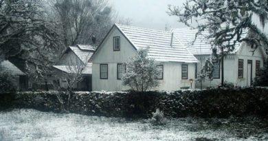 Neve cai sobre cidades gaúchas; frente fria avança com força